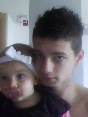 moi et maelys (ma fille)  ;)