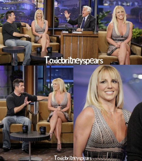 Britney était sur le plateau de The Tonight Show avec Jay Leno