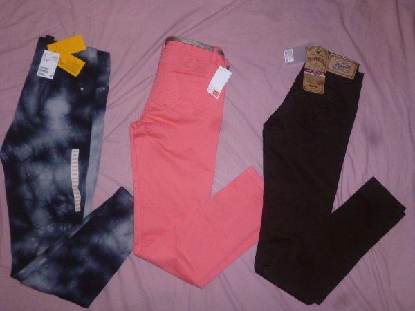 Pantalon et jeans pour F CAMAÏEU, KAPORAL, H&M.