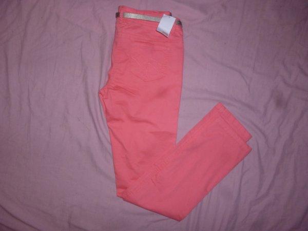 Pantalon F PIMKIE taille 38 : 20¤ à moins 50% ( neuf et jamais porter ).