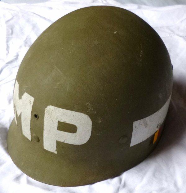 13. BELGIQUE - Casque Modèle OTAN 1951, en  usage Police Militaire