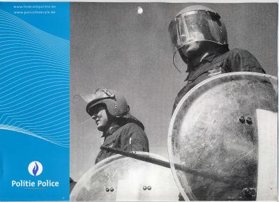 27. BELGIQUE - Nouveau casque de MROP de la Gendarmerie