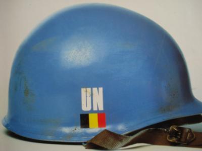 30. BELGIQUE - ONU - Casque Modèle OTAN 51, aux couleurs des Nations Unies