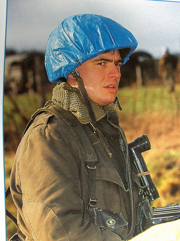 41. BELGIQUE - ONU - Casque belge Modèle OTAN 51aux couleurs des Nations-Unies