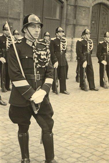 824 -  BELGIQUE - Gendarmerie - Casque de parade