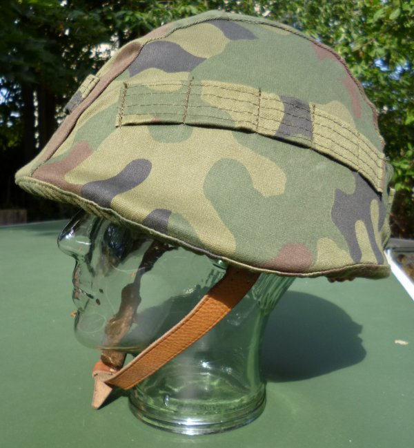 129.1 POLOGNE - Couvre-casque pour le modèle Pacte de Varsovie