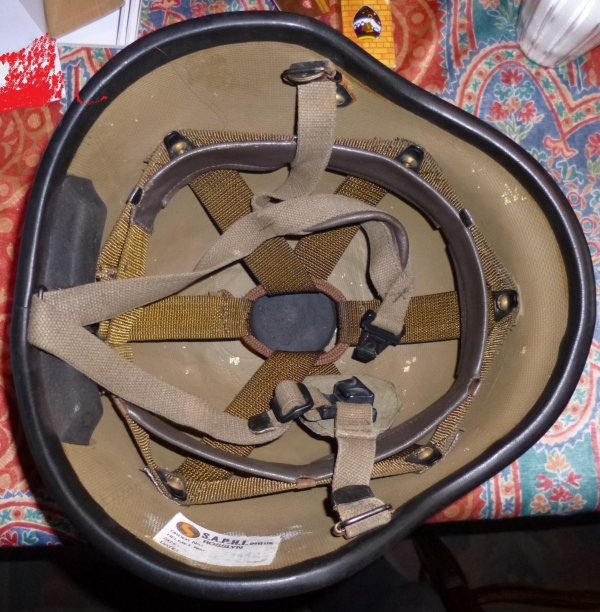828 - AFRIQUE du SUD Casque Kevlar Mod 87