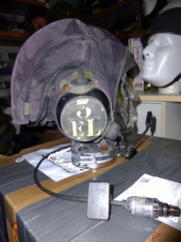 829 - PAYS-BAS Casque tankiste Mod 83