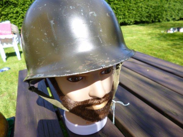 837 -  USA - BELGIQUE - casque US M1 en usage dans l'Armée Belge