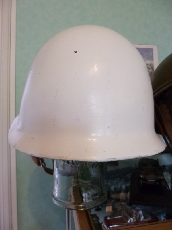 722.2 - POLOGNE Casque Police Militaire