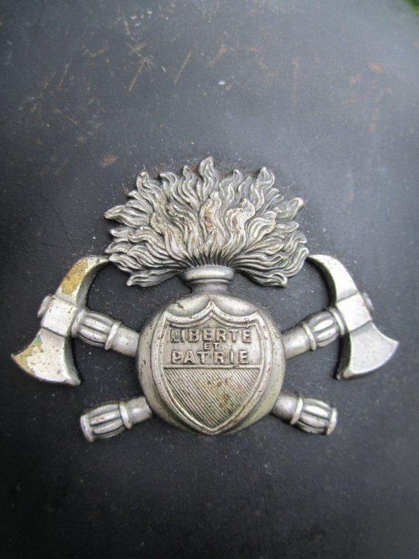 840 - SUISSE Casque Pompiers sur base Mod 18