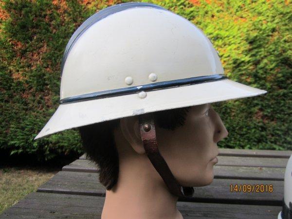817.2 BELGIQUE Casque Police en aluminium