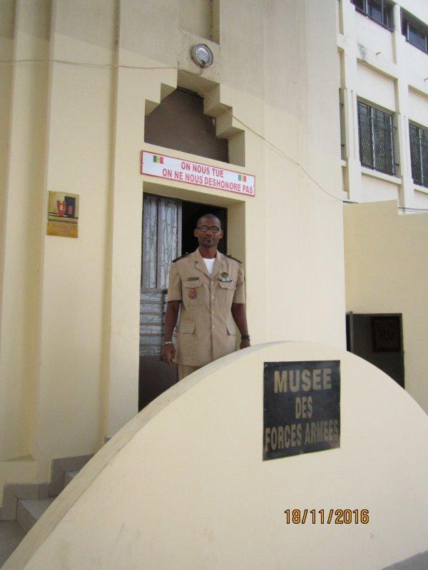 798.4 - FRANCE Troupes d'Afrique au Musée des Forces Armées Sénégalaises