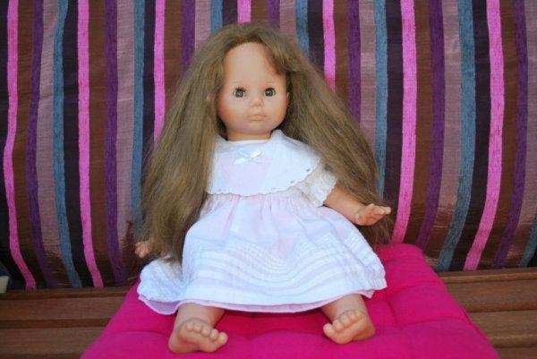 Poupée Zapf avec sa superbe chevelure