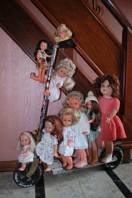 Xéna et les poupées