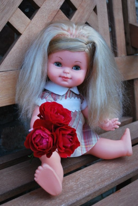 Jolie blonde espagnole, de marque Toyse