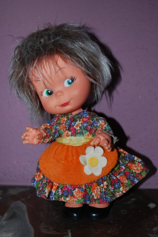 Petite poupée Fiba