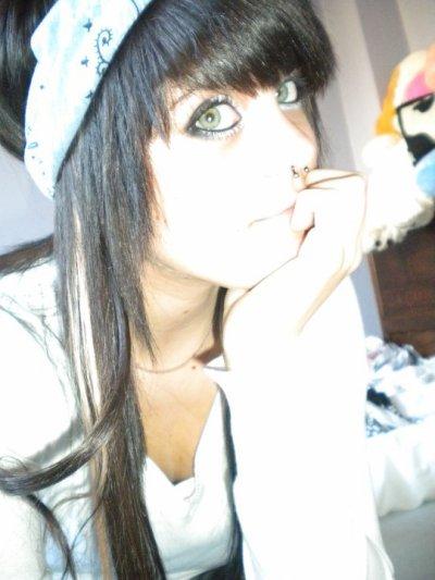 ~~Em0 Girl~~