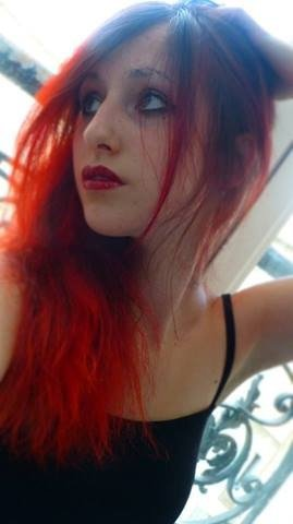 RED IS BACK :3