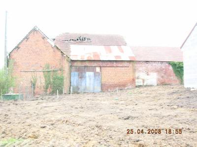 Le terrain sans ses monticules la construction de notre for Construction maison sans terrain