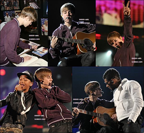 .  Le 12 février Justin a été aperçu aux côtés de Jaden Smith ainsi que d'Usher durant les répétitions pour la cérémonie des Grammy Awards au Staples Center à Los Angeles.Il s'est également arrêté au MusiCares pour signer le book. .