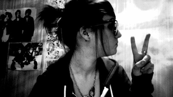 Sans remords, je prie ta mort. †