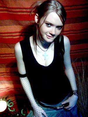 +* Lizzie Felton *+