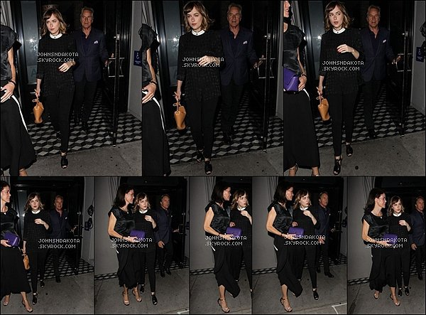 . 21/09/2015 : Dakota a été aperçu en quittant le Craig's[/g ] avec son père Don Johnson à West Hollywood - LA . .