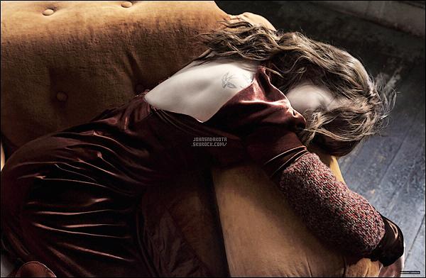 _MAGAZINE_•••_Dakota faisant la couverture de la nouvelle édition interview Magazine de Mai 2016!  _