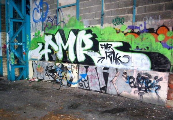 FMR / Izak