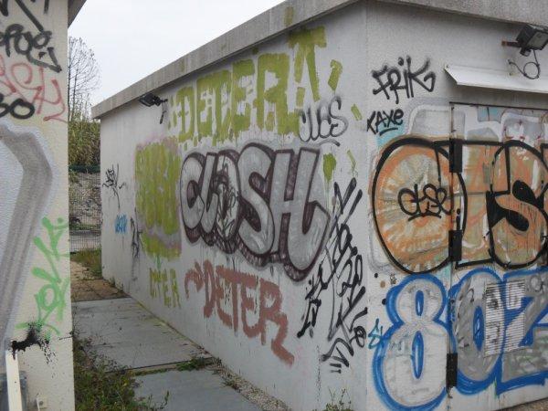 Clash - Frik - Otse - 80Z - Deter