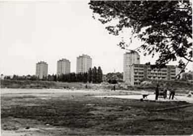 Villeneuve St Georges (94190)         Quartier Val Saint Georges      Ensemble d'édifices à cour commune        H B M