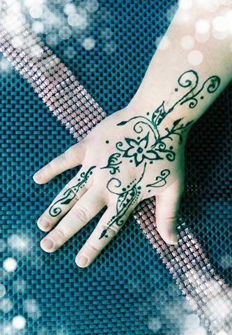 petit plaisir du jour (henné)