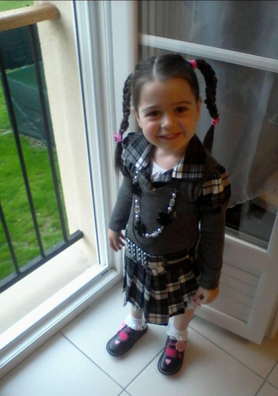 Maëva - 3 ans 1/2  - 1ère rentrée des classes