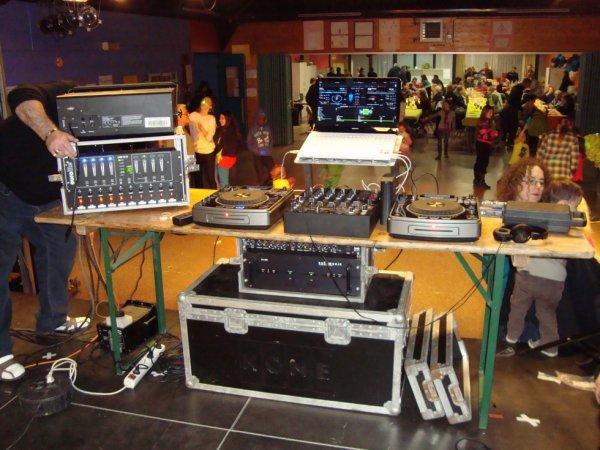 Préparation de la soirée fancy fair de l'école autonome de spy le 23-03-2013