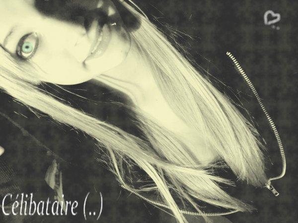 J'aurais aimé tenir ta main, Un peu plus longtemps, J'aurais aimé que mon chagrin, Ne dure qu'un instant ... ♫♥