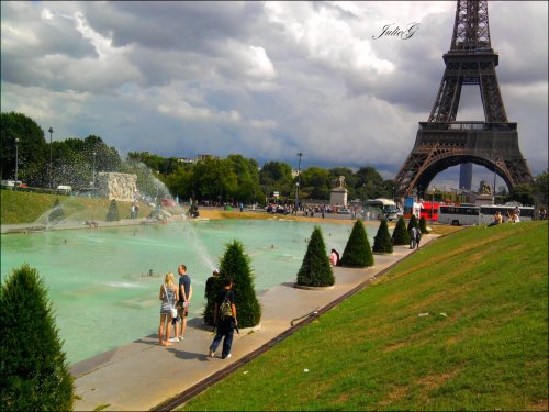 Photographie-JulieG  Photo Paris; Portable Samsung -> Kiff et partage.