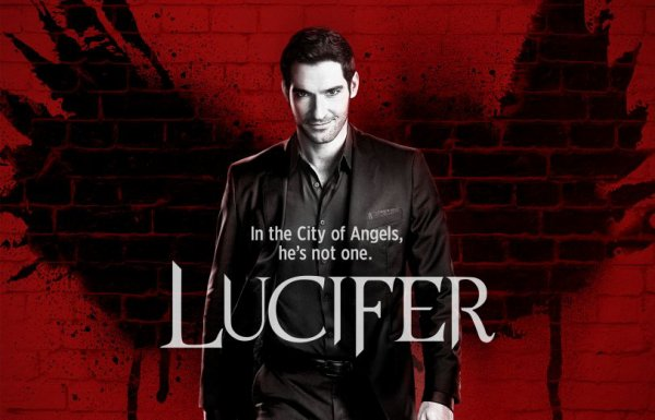 "Lauren German dans "" Lucifer """