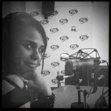 2011 Sept 8 - Melissa Mars chez FG DJ RADIO