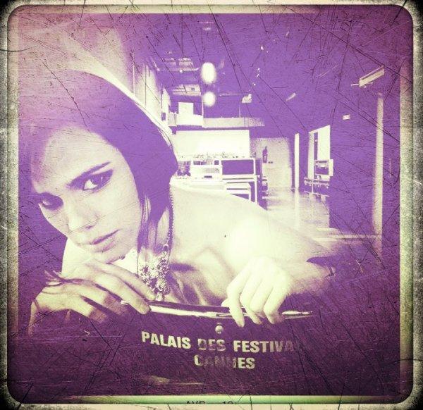 2012 May 19 - Souvenir des Coulisses du Palais par Melissa Mars