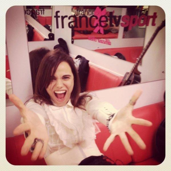 2012 Aug 05 - Melissa Mars était sur France 3 pour interpréter son nouveau single !