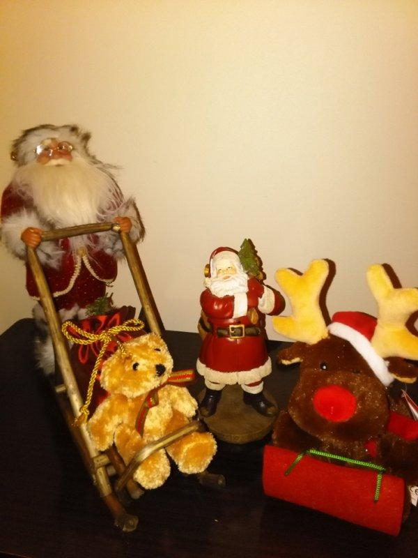 Père Noël sur luge