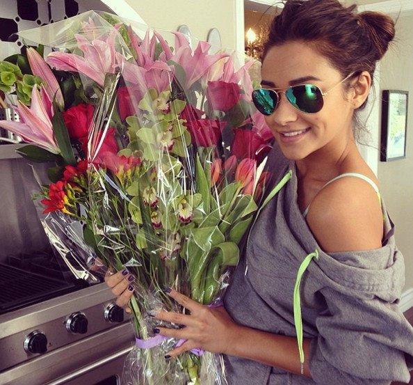 Merci Viper , pour ces jolie fleurs. T'es pardonné