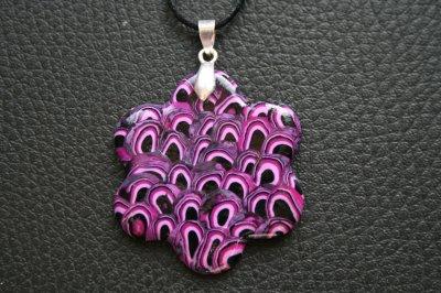 Pendentif fleur nuances de violet