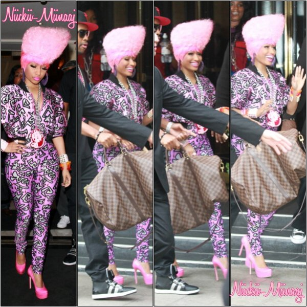 NICKI MINAJ - LONDON !