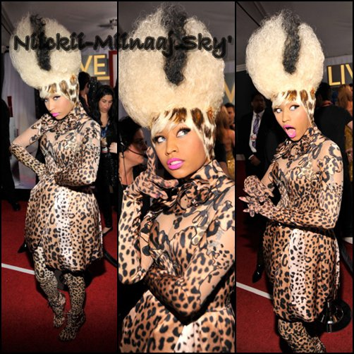 Nicki Minaj - 13/02/201/ - 53ÈME CÉRÉMONIE DES GRAMMY AWARDS - TAPIS ROUGE