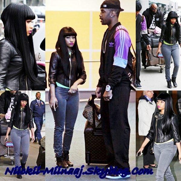 Nicki Minaj -  A l'aeoport de VANCOUVER