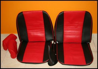 Réalisation : Sellerie pou 2 sièges avants - Côtés Noir/Centre Rouge/ Liserets Rouge pour une MINI de 1987