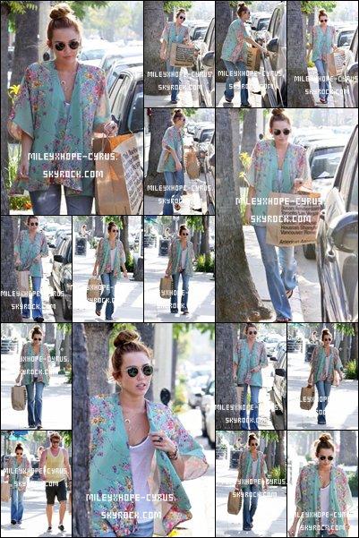 Miley et Liam étaient à Studio City,hier,le10 mai 2012-Nouvelles photos Twitter-Punk'D