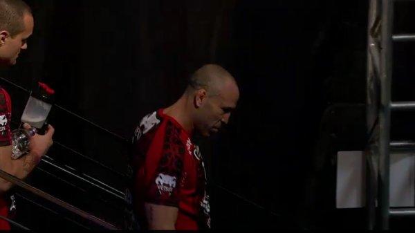 LA PESEE SUITE UFC 147